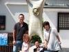 Японская семья была рада маленькой гостье