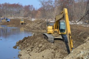 Специалисты  из Хабаровска постараются, чтобы будущих паводков на Постышевке жители  не боялись