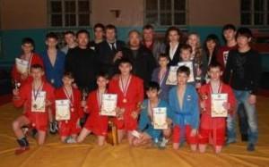 Победители и призеры Партизанска с организаторами соревнований