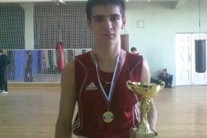 максим-Зырянов-в-Волгограде-победил