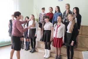 Даже окончив школу искусств,  девочки продолжают петь в хоре