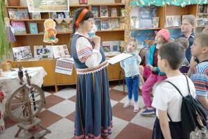 Юным читателям - о культуре и традициях России