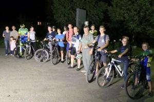 Для велосипедов обязательны фонари и отражатели