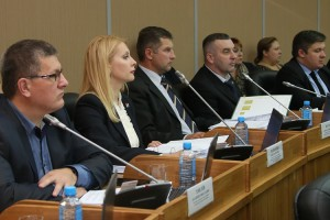 Краевые депутаты поддержали инициативу губернатора
