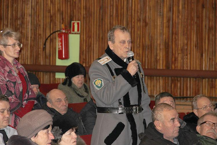 Казаков-дружинников интересует вопрос о законодательной защите помощников полиции