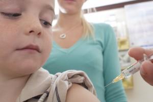 Самый надежный способ защиты от клещевого энцефалита - прививка