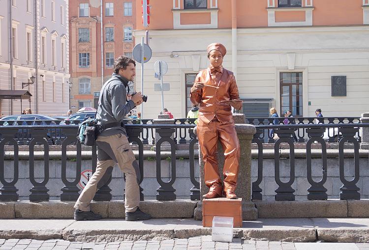 «Живые скульптуры» привлекают туристов и фотографов
