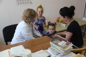 Чтобы получать профилактическую помощь, нужно «прикрепиться» к детской поликлиннике Партизанска