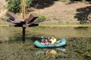 Работали, чтобы озеро не стало болотом