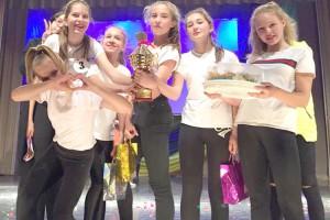 В танцевальной битве победила команда школы №6