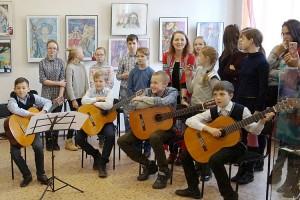 Любовь к искусству и творчеству объединяет поколения талантливых партизацев