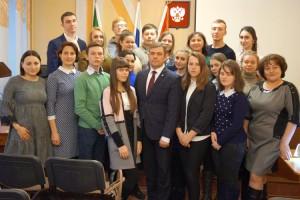 Молодые парламентарии намерены активно участвовать в общественной и политической жизни округа