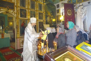 Службу вел Епископ Находкинский и Преображенский Николай