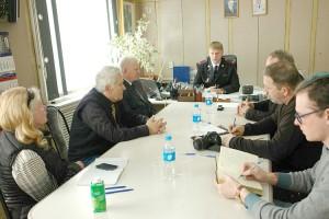 Подполковник полиции Денис Волосухин ответил на вопросы журналистов и общественности