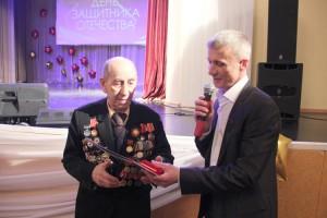 Медаль «100 лет РККА» - участнику войны Михаилу Романенко
