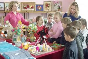 Ежедневно «Город мастеров» посещают школьники с педагогами, малыши  с родителями, ребята постарше - дружными компаниями