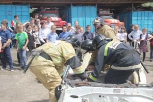 Спасатели приходят на помощь в любых чрезвычайных ситуациях