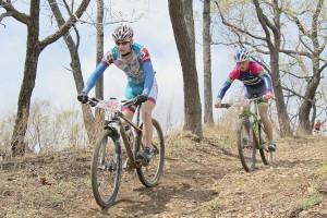 Абсолютные лидеры гонки Андрей Антонов и Никита Рябов