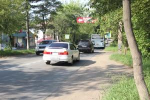 Парковки автобилисты «выкатывают» где хотят и без спросу