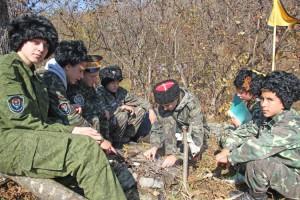 Юные казачата в походных условиях справятся с любой ситуацией