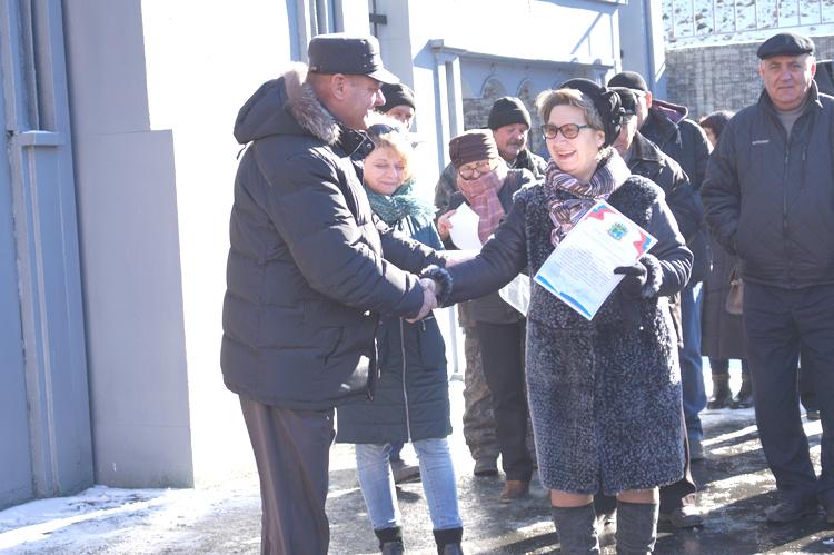 Представители общественности следили за работой строителей