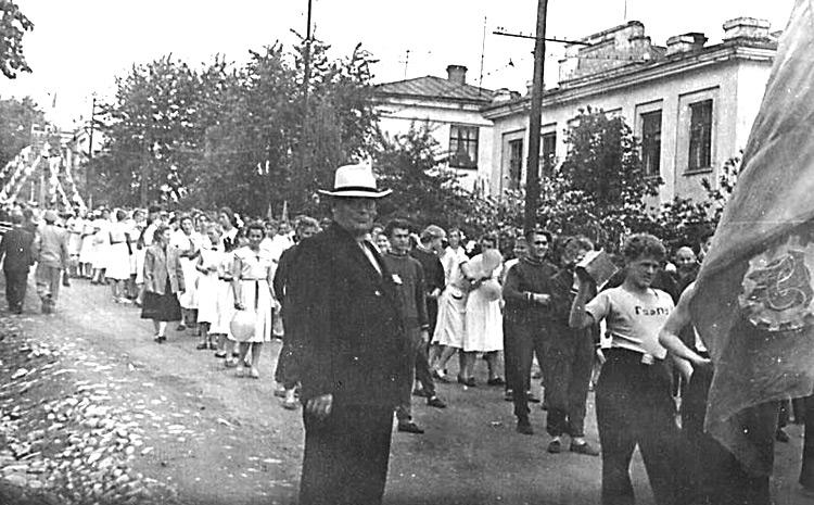 По Банковской до Ленинской - на митинги и демонстрации