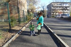 На улице Садовой появились долгожданные тротуар и дорога