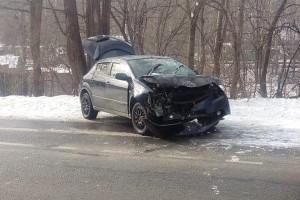 Причина ДТП - скользкая дорога и невнимательность водителя