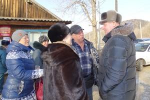 Главная проблема села Залесье - отсутствие связи