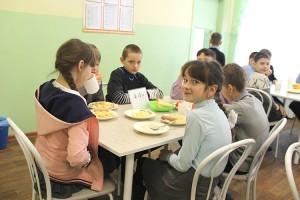 Второй год организацией питания учеников школа №2 занимается самостоятельно
