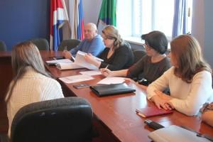 Административная комиссия принимает решение большинством голосов