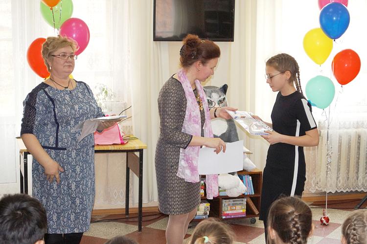 Победители творческих конкурсов наградили в праздничный день