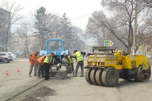 На улице Щорса, кроме асфальта, появится еще и новый тротуар. Фото из архива