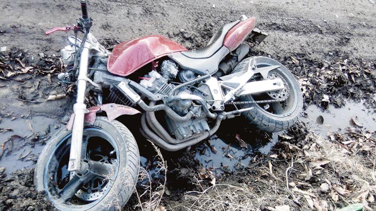 В аварии пострадал мотоциклист
