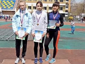 Полина Алтухова (слева) - серебряный призер соревнований