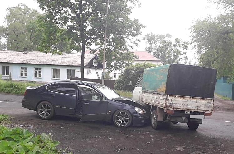 Дорожная авария на улице Вокзальной