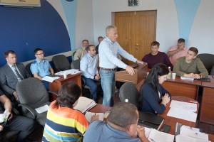Александр Лось призвал местных депутатов вырабатывать конкретные предложения для решения проблем округа