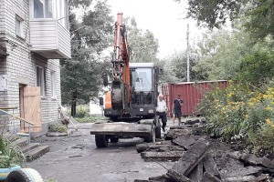 На Кореннова, 26 построят ливневку и детскую площадку