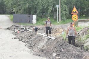 Дорожные работы начались с восстановления ливневой канализации