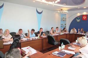 Депутаты Думы ПГО выбрали Почетного жителя и кавалеров Почетного знака