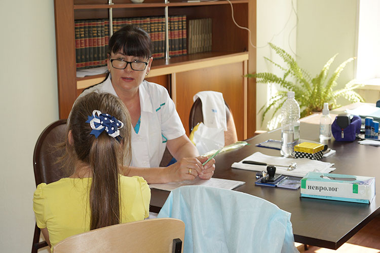 На приеме у невролога Инны Мальковской