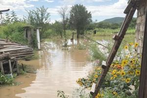 В селе Казанка подтоплены придомовые территории