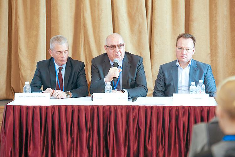 Депутат Александр Лось отметил, что наш регион всегда отличался высокой толерантностью