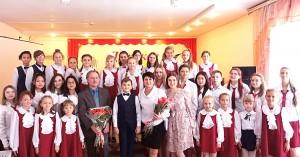 В Детской школе искусств Партизанска композитор Владимир Синенко побывал впервые