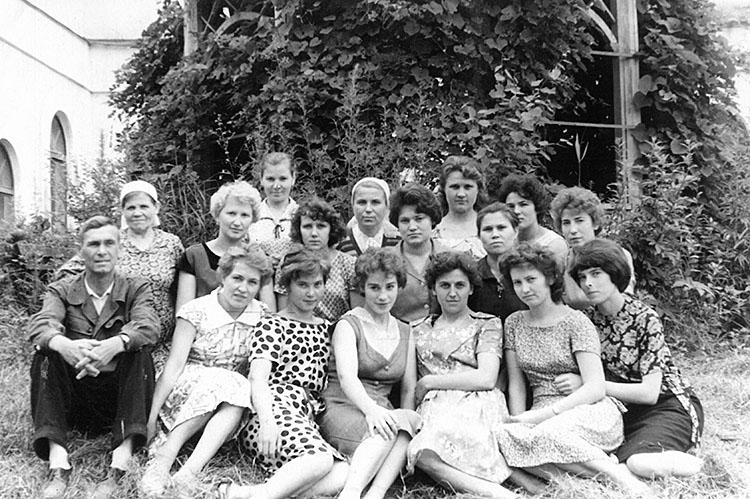 Коллектив фабрики. 1960-е годы