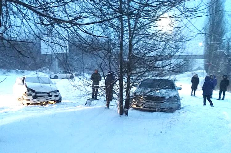 Погодные условия стали причиной нескольких аварий
