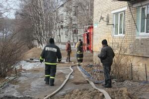 В ликвидации аварии сотрудникам водоканала помогали и пожарные, и управляющие компании