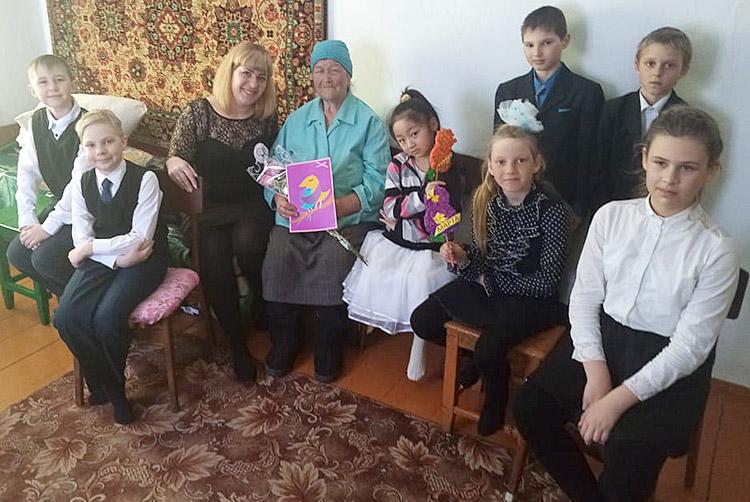 Еватерина Косолапова у Тамары Чеботаревой побывала вместе со своими учениками