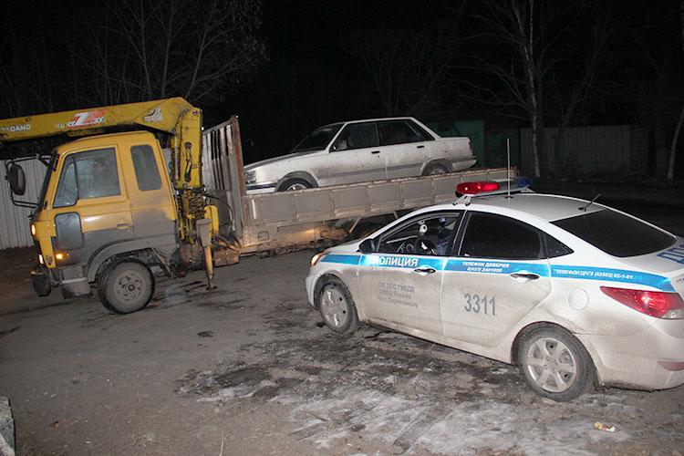 Водителю - штраф, авто на арестплощадку