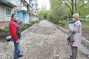 До конца лета в округе благоустроят тринадцать дворов